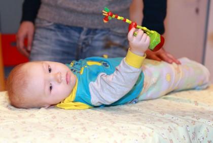 Парафинотерапия_малыш подготовление к детскому массажу